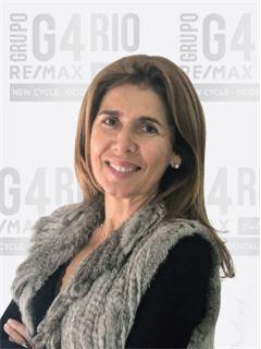 Alexandra Campos Ferreira - Membro de Equipa Miguel Matos - RE/MAX - Rio