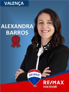Alexandra Barros - RE/MAX - Fox River