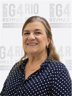 Stella Barbosa - RE/MAX - Rio