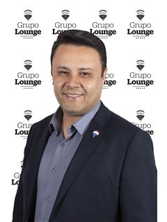 Ulisses Assis - RE/MAX - Lounge
