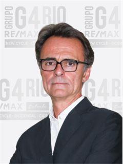 Miguel Matos - Chefe de Equipa Miguel Matos - RE/MAX - Rio