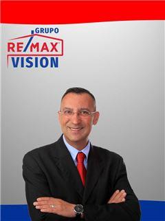 Jorge C. Sousa - RE/MAX - Vision II