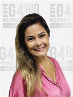 Daniela Tieko - RE/MAX - Rio