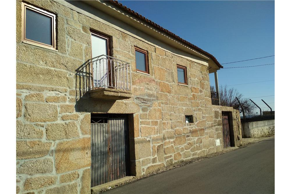 de651013627 House - T3 - For Sale - Constantim e Vale de Nogueiras