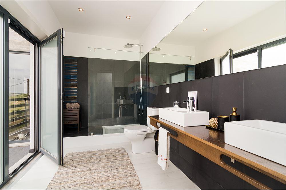 House - T3 - For Sale - São João das Lampas e Terrugem, Sintra - Bathroom - 120801387-1