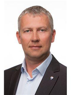 Maakler/omanik - Aivar Vilbo - RE/MAX Expert