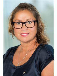 Annely Sumberg - RE/MAX Capital