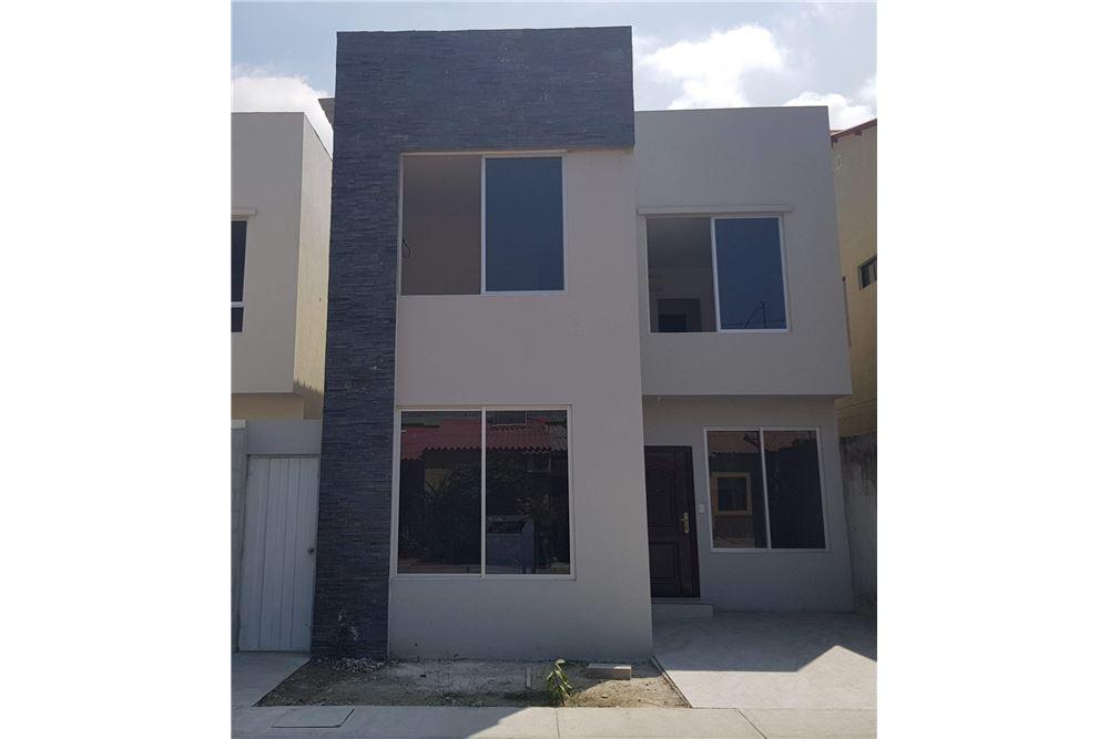 Residential - Bahay - Daule 4d219cd0b7c4
