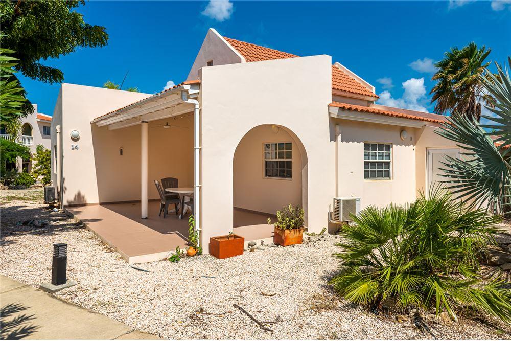 RE/MAX real estate, Bonaire, Hato, Cottage at Hamlet Oasis Resort