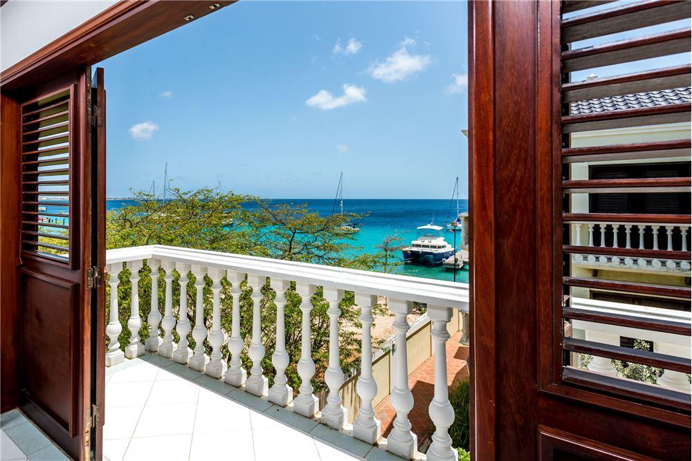 RE/MAX real estate, Bonaire, Kralendijk, Ocean view Apartment