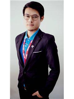 Paphangkon Chawleesaen - RE/MAX Classic